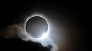 gerhana-matahari1-460x258